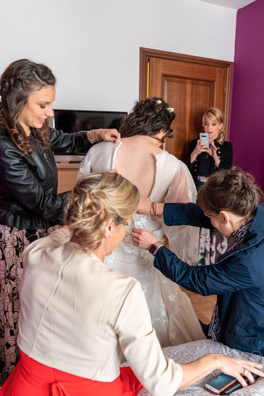 vestizione-sposa