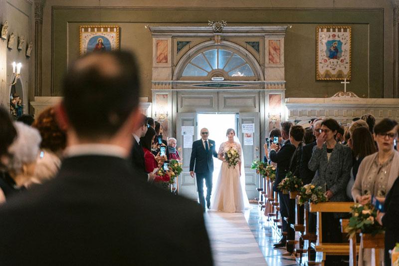 ingresso-sposa-cerimonia