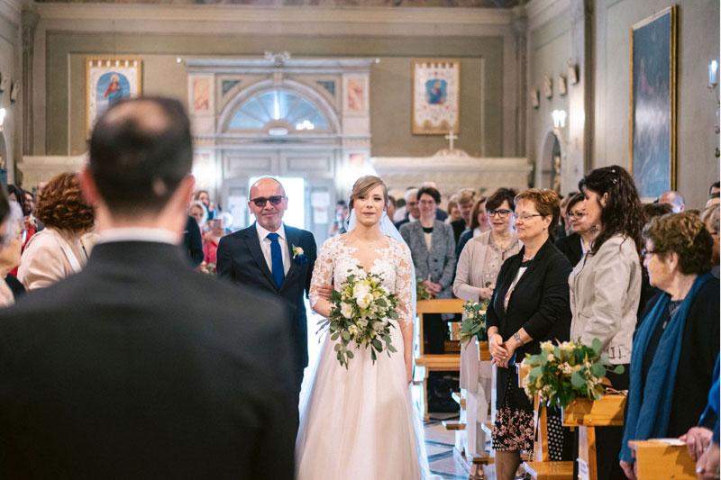 sposa-ingresso-cerimonia