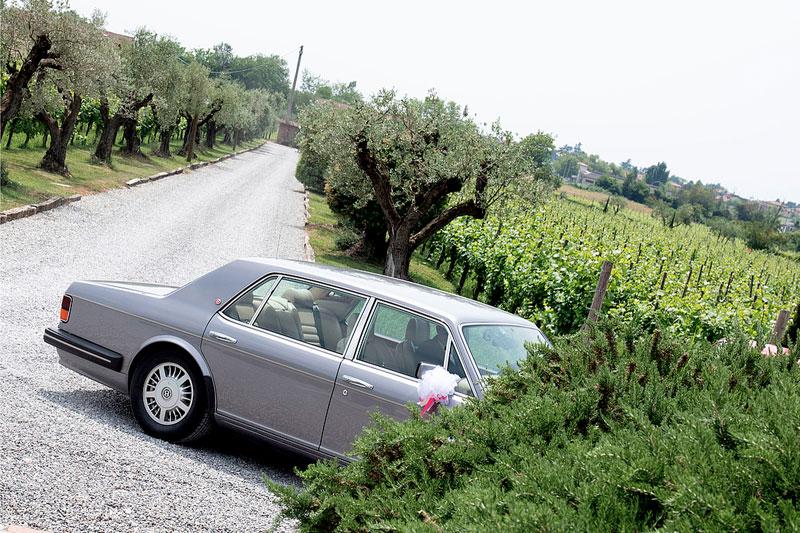 auto sposi vuota